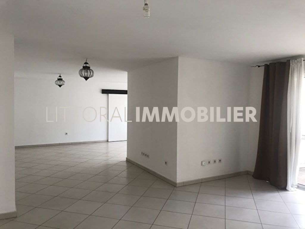 Appartement centre Saint Denis F5 de 144.31 m2 (colocation acceptée)
